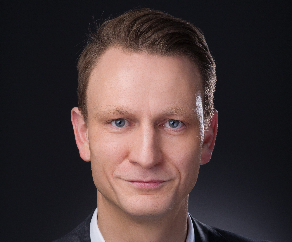 Associate Professor Ingo Eitel
