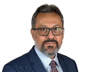 Associate Professor Marcus Simoes