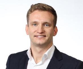 Piotr P Buszman