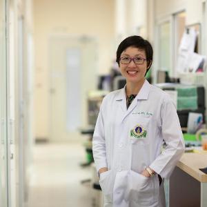 Associate Professor Tarinee Tangcharoen