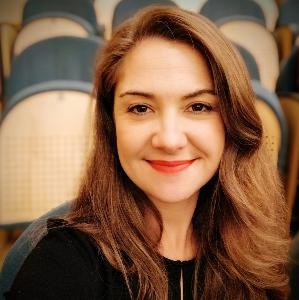 Maria Carmen Viana Llamas