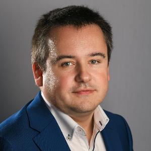 Associate Professor Jacek Bil