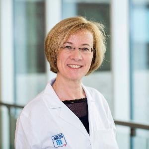 Associate Professor Julia Mascherbauer