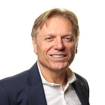 Associate Professor Robert Nolan