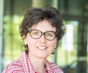 Yvonne T Van Der Schouw